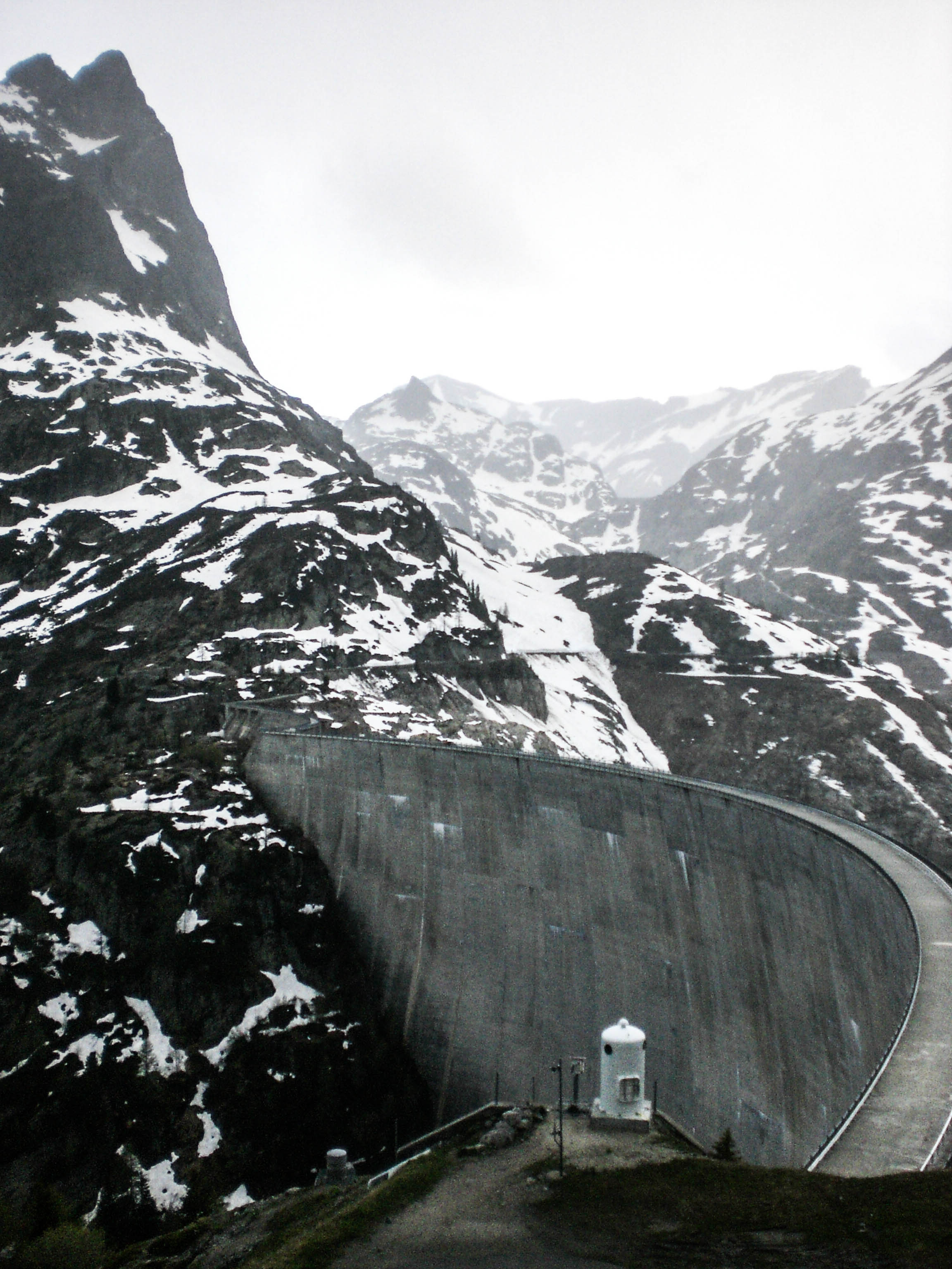Staumauer am Lac d'Emosson