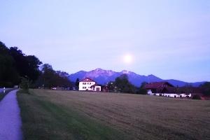 Pessenbach im Mondschein