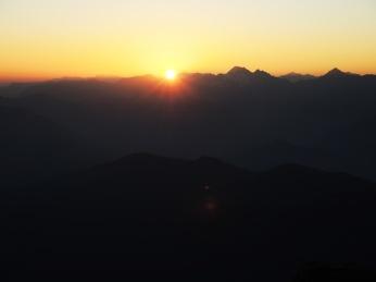 Sonne hinter den Zillertalern