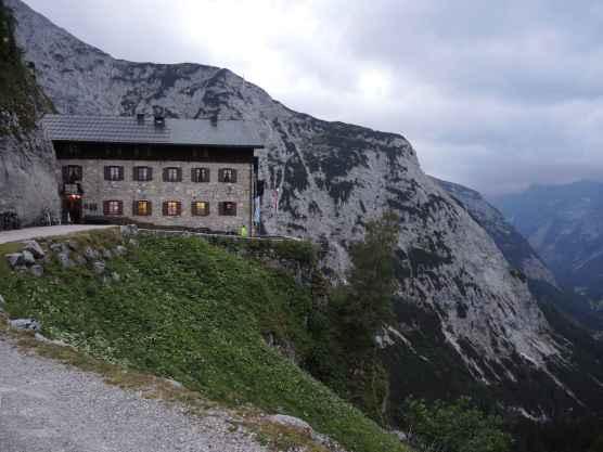 Karwendelhaus - seit langem mal wieder hier übernachtet.